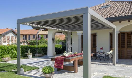 Terrassenüberdachung, Lamellendach, Sonnenschutz
